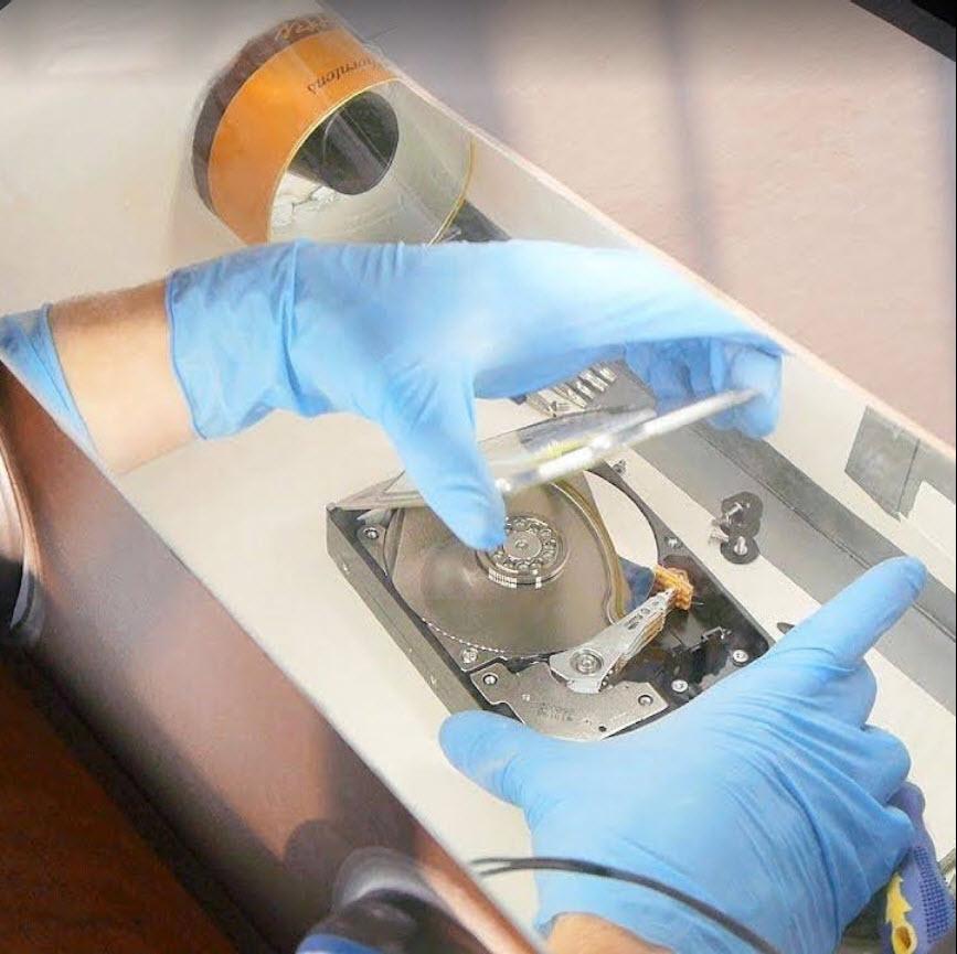 Buka Harddisk di ruang Steril